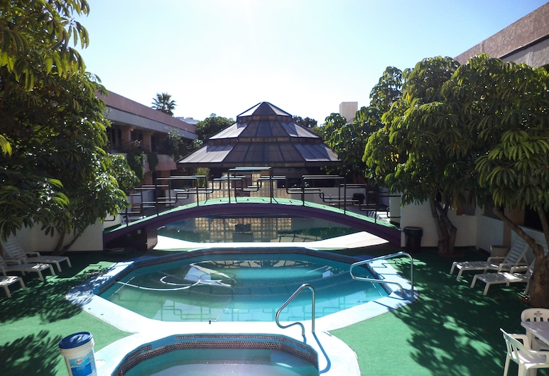 Hotel Fiesta Tijuana, Тіхуана, Відкритий басейн