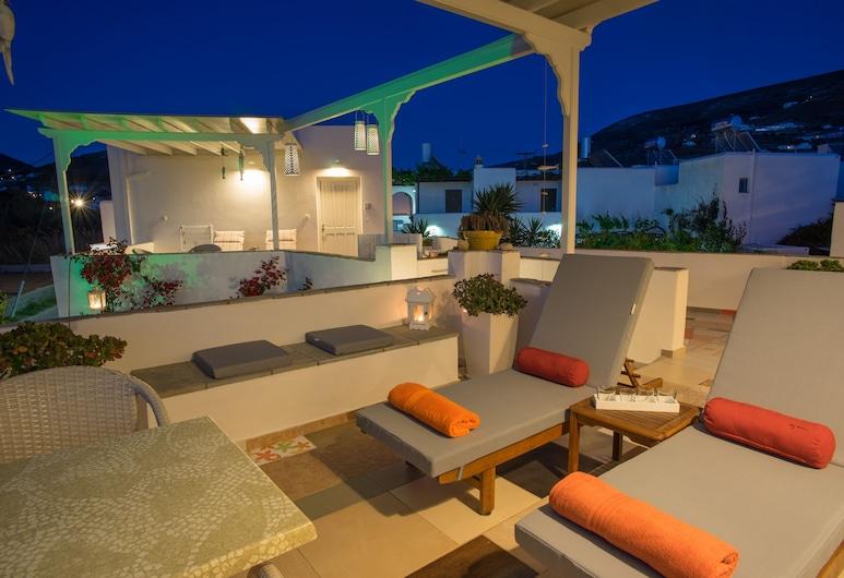 Cyclades Studios, Парос, Тераса/внутрішній дворик