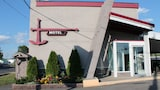 Reserve this hotel in Cornwall, Ontario