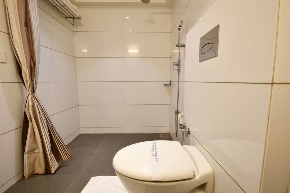 Super Deluxe - Bathroom