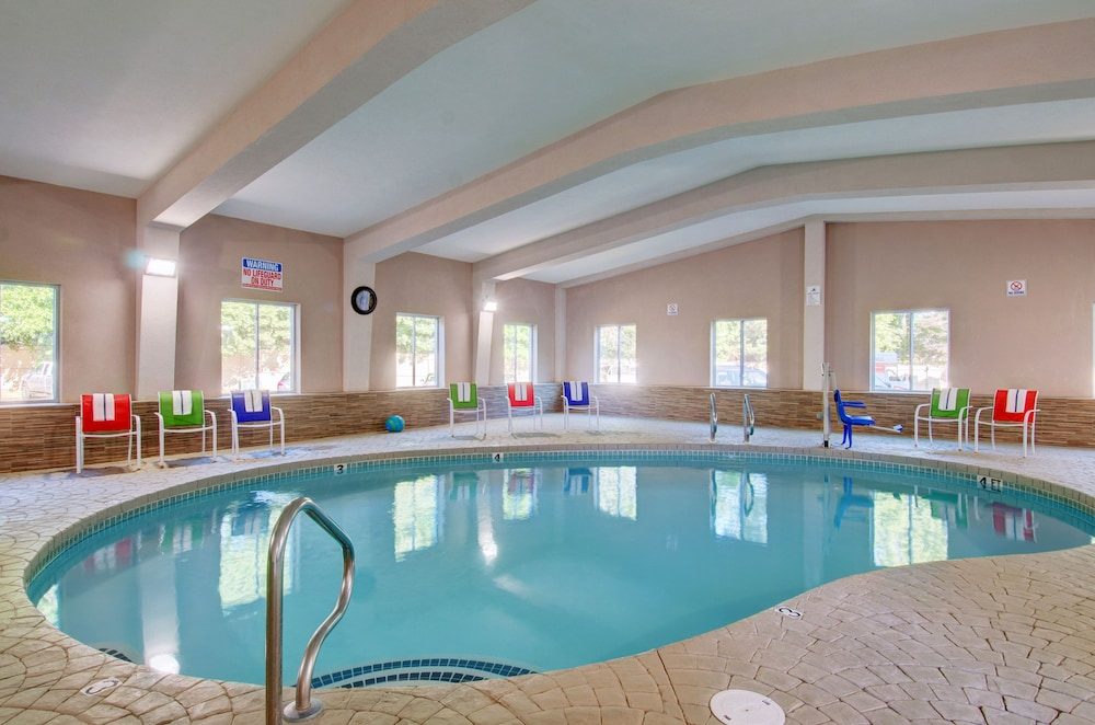 Baymont By Wyndham Kingston Plymouth Bay Indoor Pool