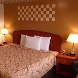 Traditional Room, 1 King Bed, Non Smoking - Guest Room