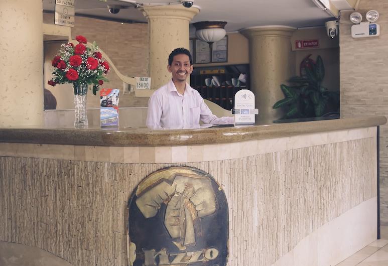 Hotel Rizzo, Guayaquil, Recepción
