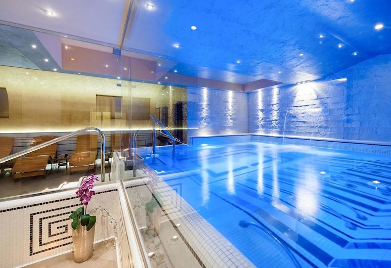 Vanity Spa, Balestrate, Piscina cubierta