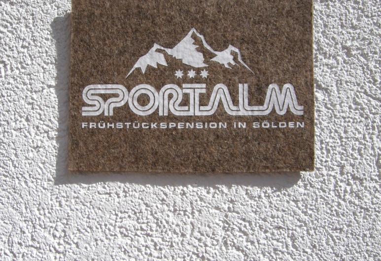 Pension Sportalm, Sölden, Fasada hotelu