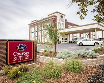 Picture of Comfort Suites Woodland - Sacramento Airport in Woodland