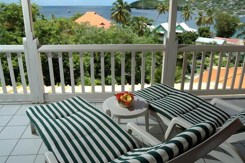 Deluxe Room, Refrigerator, Sea View - Balcony