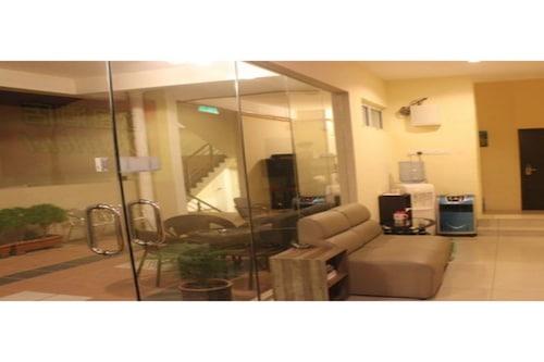 โรงแรมโอเค/