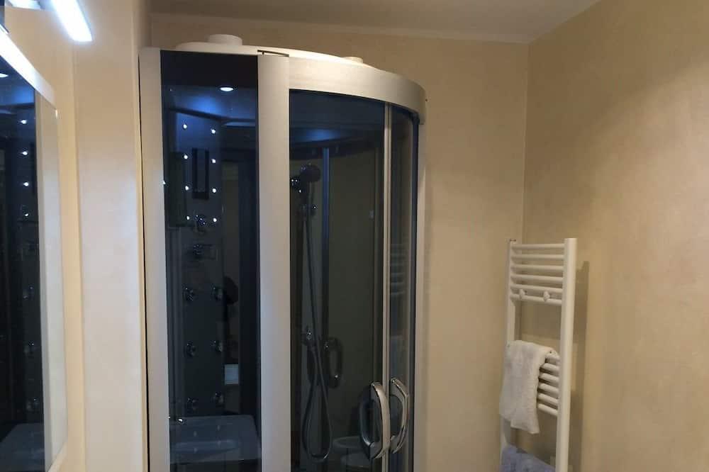 Suite (Vittorio Emanuele) - Bathroom