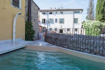 Picture of Residence Corte San Carlo in Lazise