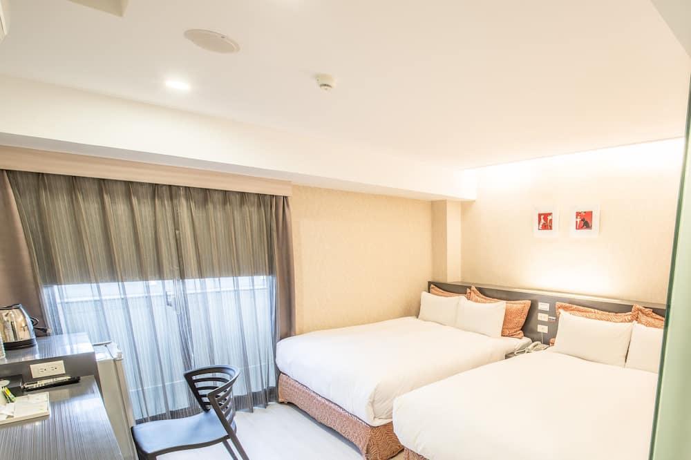 Štandardná štvorposteľová izba (No Parking Lot Provide Special) - Obývacie priestory