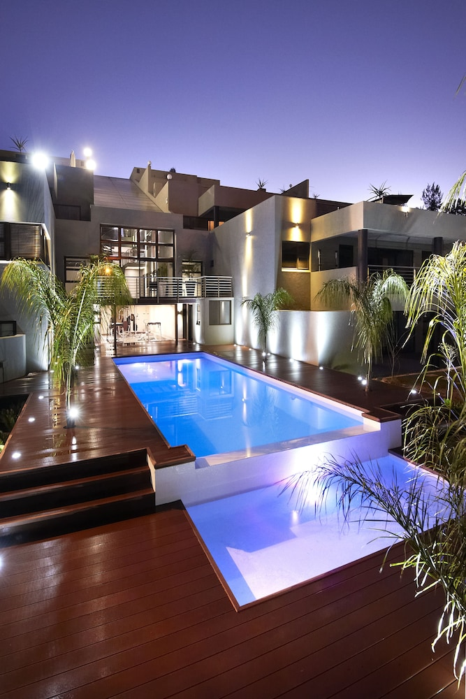 Dynasty Forest Sandown Hotel, Apartments & Conference Centre, Sandton