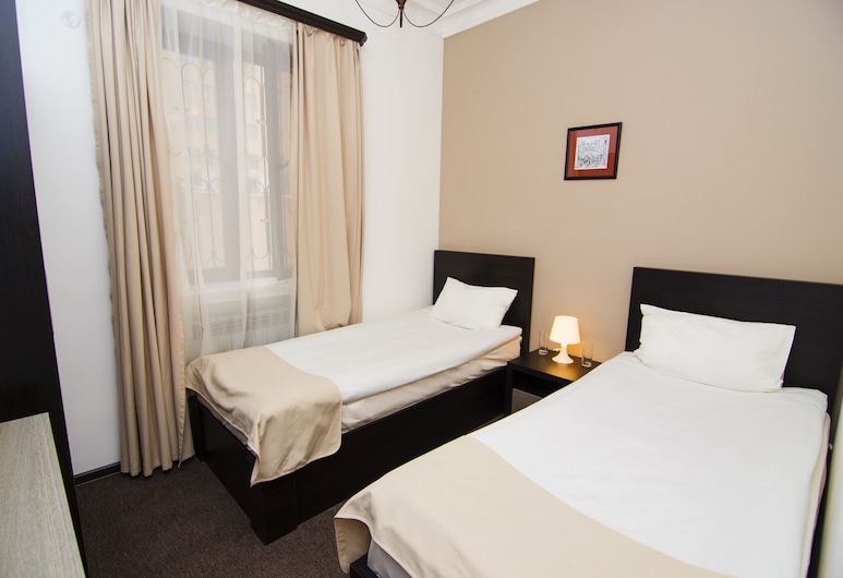City Centre Hotel by Picnic, Yerevan, Standard Twin Room, Guest Room
