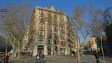 Choose This Five Star Hotel In Barcelona