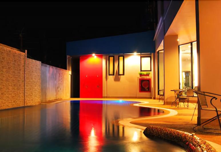 Mantra Varee Hotel, Khon Kaen, Utendørsbasseng