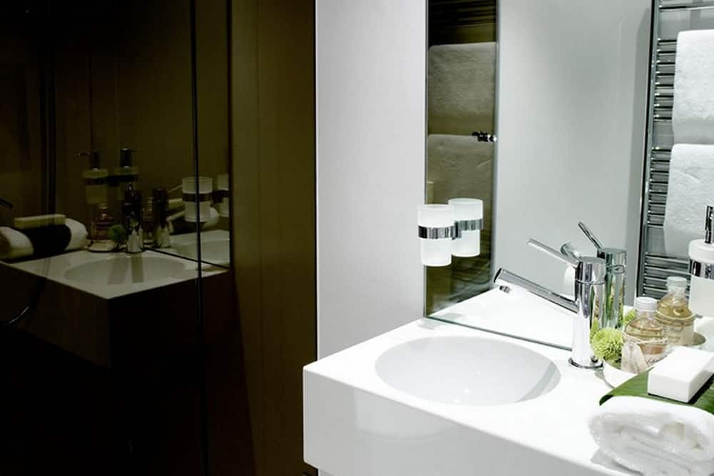Studio Apartment Junior, Building 50 - Bathroom