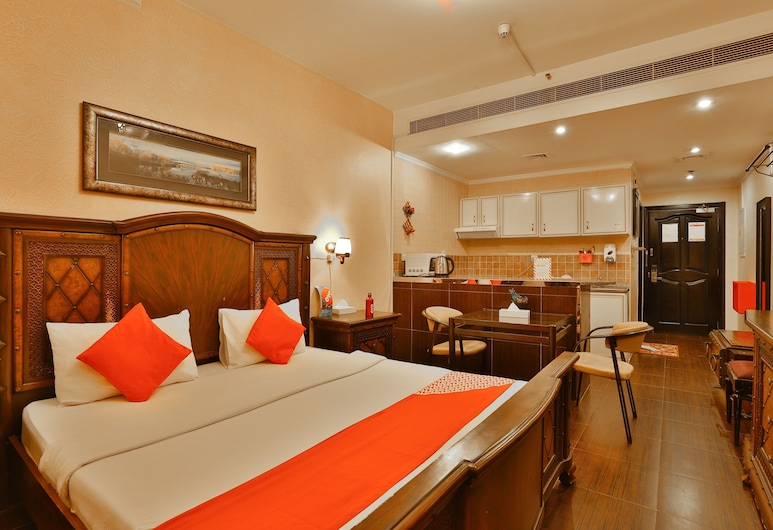 Hafez Hotel Apartments, Dubai, Standard Double - King , Guest Room