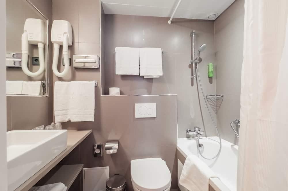 Trojlôžková izba typu Comfort - Kúpeľňa