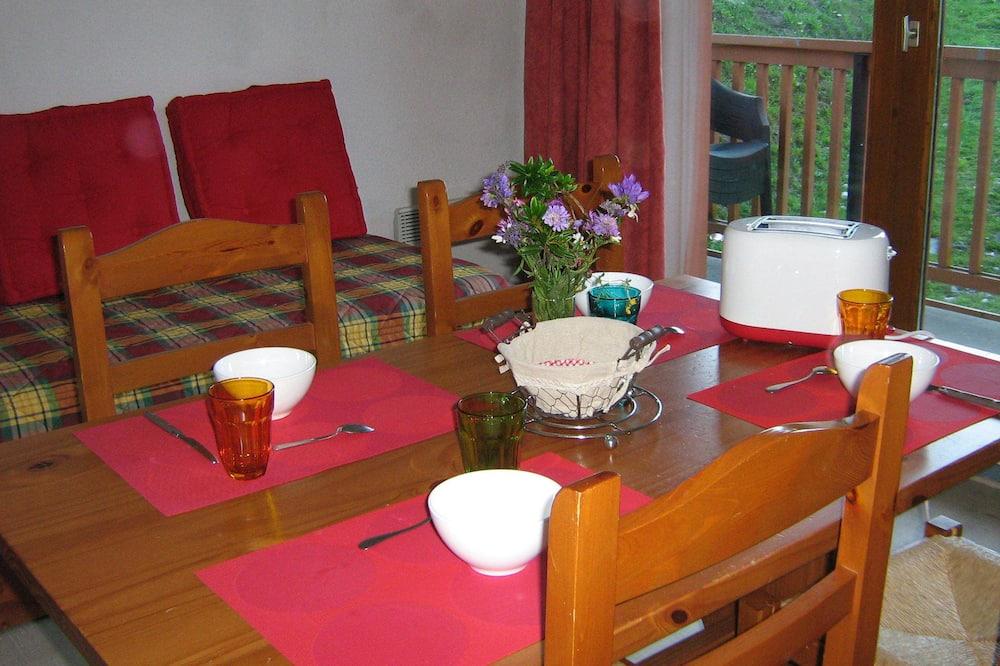 Apart Daire, 1 Yatak Odası (4) - Odada Yemek Servisi