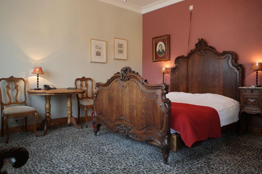 Phòng đôi hoặc 2 giường đơn Deluxe - Khu phòng khách