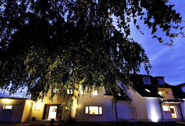Hotel Destination 21, Düsseldorf, Facciata hotel (sera/notte)