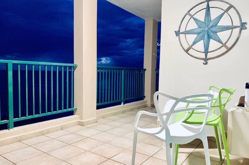 Panoramic Suite, 3 Bedrooms, Ocean View, Oceanfront (OFS J-302) -3rd. Floor - Balkons