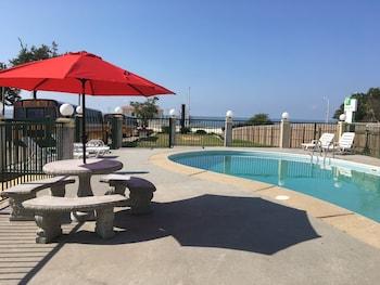 Top 10 Biloxi Hotels Near Keesler Air Force Base Mississippi