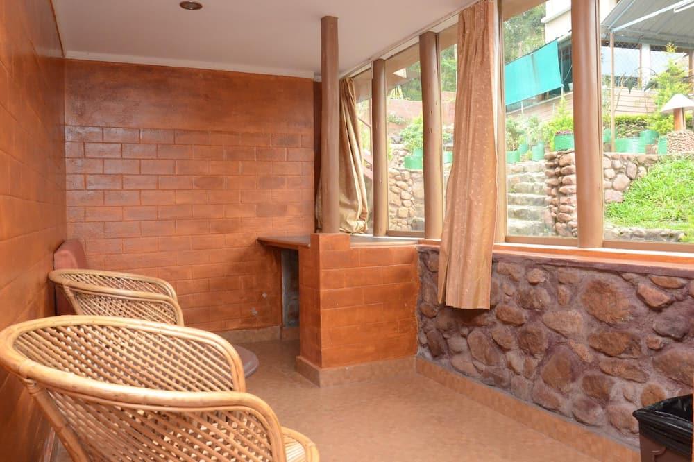 Standarta divvietīgs numurs, viena guļamistaba, nesmēķētājiem, skats uz kalniem - Dzīvojamā zona