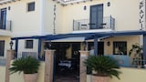Book this Parking available Hotel in Delphi