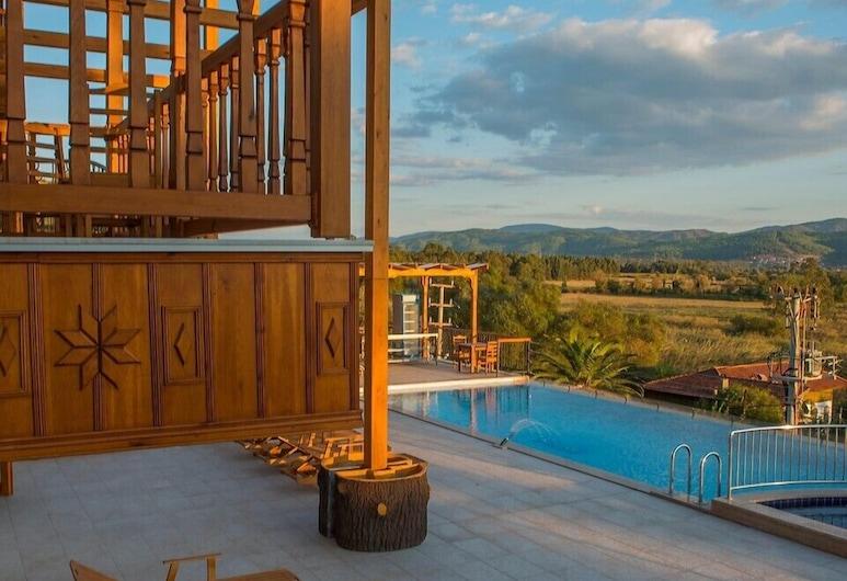 Grand Hotel Azmakhan Spa&Wellness, Ula, Terrace/Patio