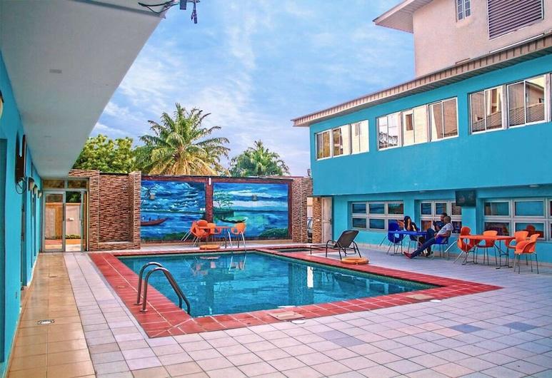 金色貝尼公寓飯店, 拉各斯, 游泳池