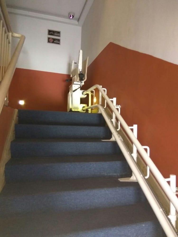 Hotel Pintar, Batu Pahat, Staircase