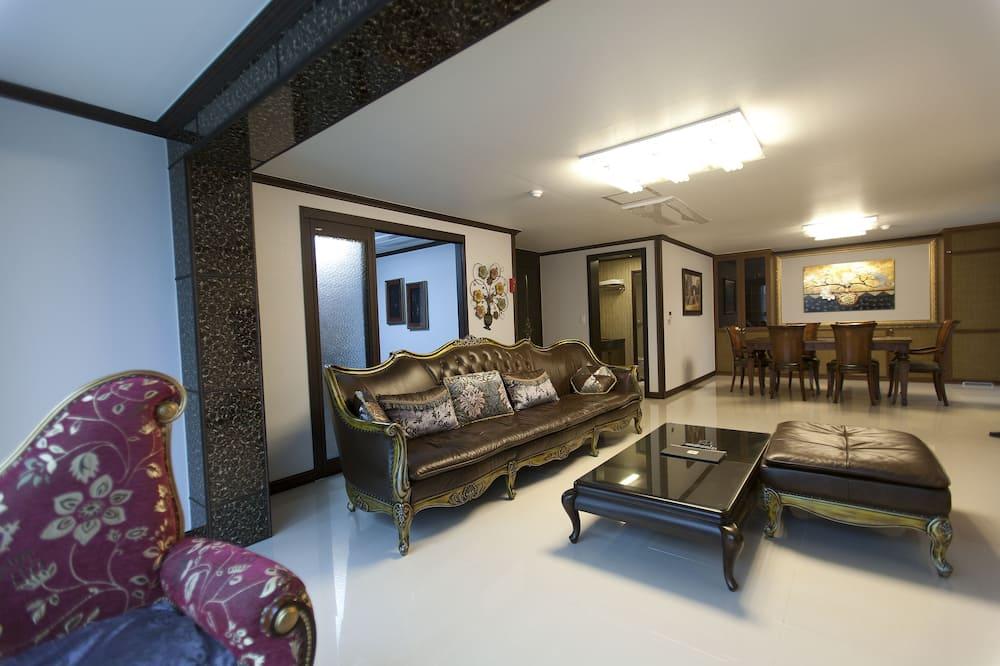 Excellent Suite - Вітальня