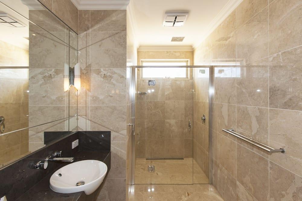 スーペリア ツインルーム 2 ベッドルーム - バスルーム
