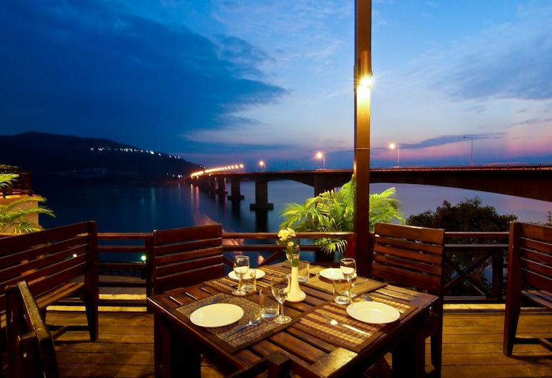 Champasak Grand Hotel, Pakse, Outdoor Dining