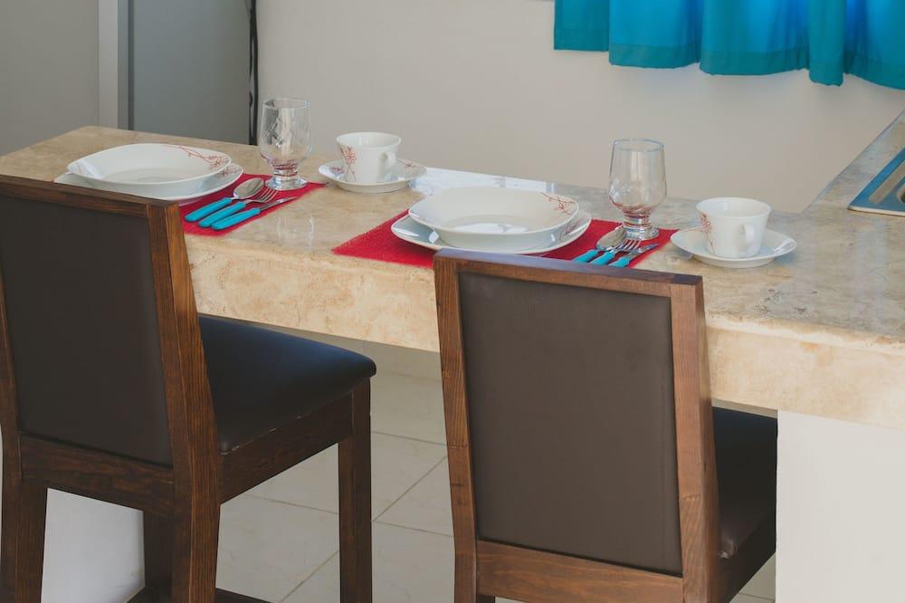 Štúdiový apartmán, 1 dvojlôžko, kuchyňa (Deposit will be required) - Stravovanie v izbe