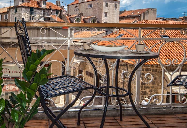 Marmontova Luxury Rooms, Split, Superior Apart Daire, Balkon, Denize Bakan, Balkon