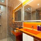 Habitación (InTune) - Baño