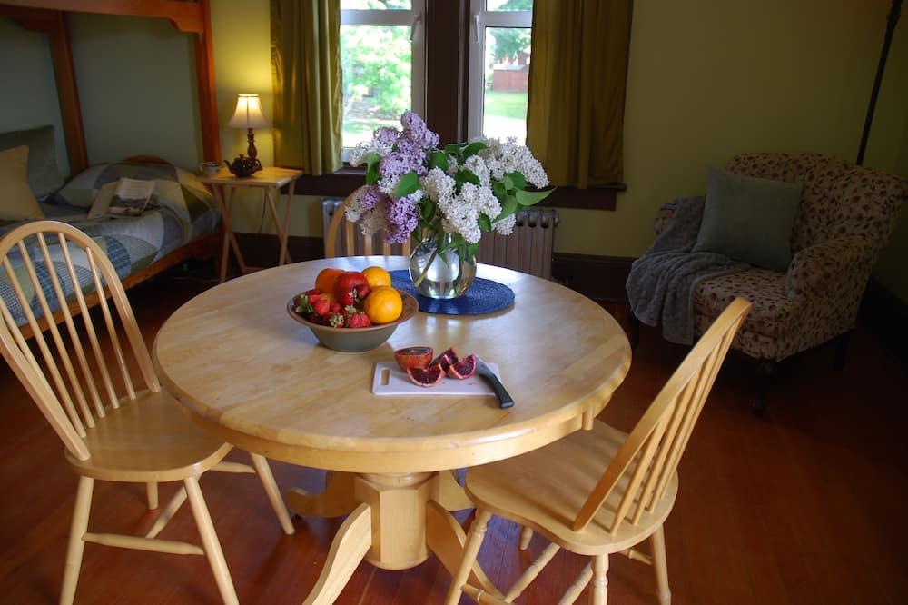 Victoria Suite - บริการอาหารในห้องพัก