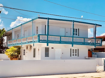 Picture of Coastal Express Inn #1 at 681 Ocean Drive in Arecibo