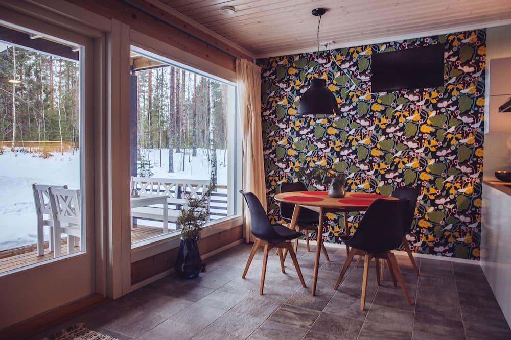 Premium Apartment, 3 Bedrooms, Kitchen, Garden Area 103M2 - 客房餐飲服務