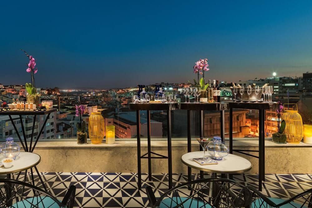 بار الفندق