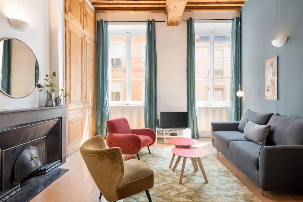 Honorê, Hôtel pour Nomades Rêveurs - 12 rue Palais Grillet (4  pers) - Living Area