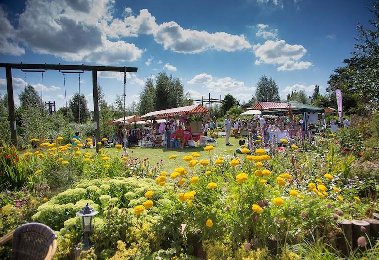 De Sfeerstal, Nieuwveen, Garden