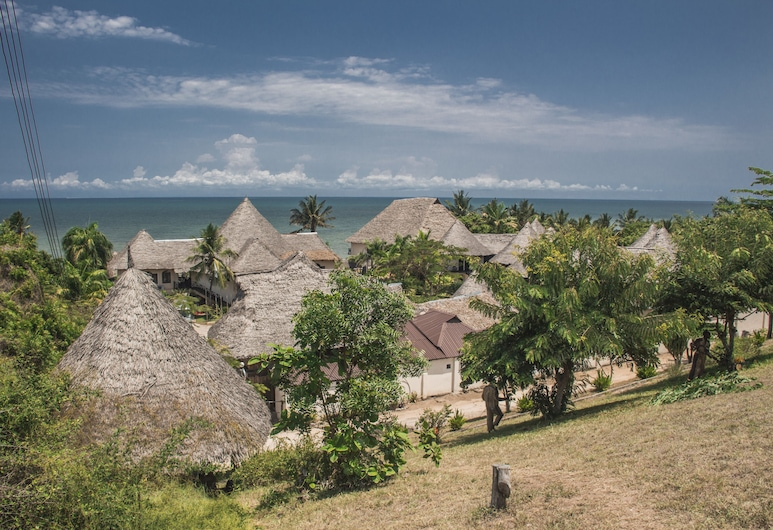 Millennium Sea Breeze Resort, Bagamoyo, Nattklubb