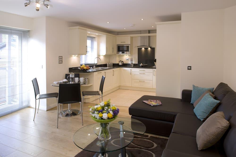 Luxury Apartment, 1 Bedroom, Kitchen - Living Area