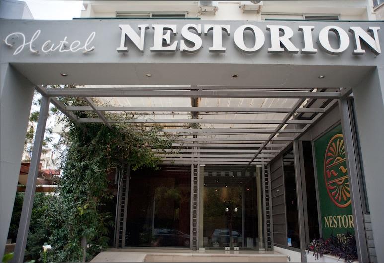 Nestorion Hotel, Palaio Faliro, Vchod do hotela