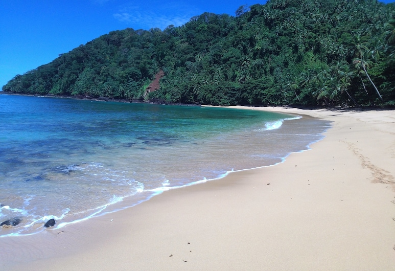 Praia Inhame Eco-Lodge, Sao Tome Island, Beach