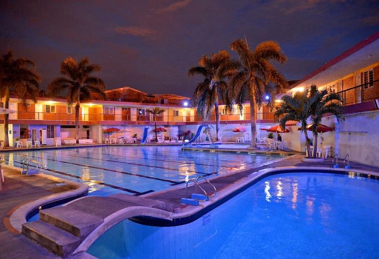 Hotel La Luna, קאלי, בריכה חיצונית