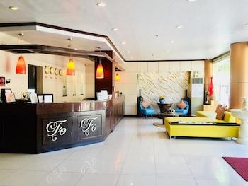Фото OYO 719 Fuente Oro Business Suites у місті Себу